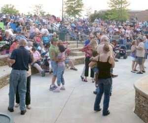 Last year's music series brought thousands to downtown Easley for a chance to listen to some great music and a little dancing. This years events will start this Friday in Easley.